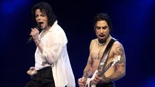 Michael Jackson ft. Usher - You Rock My World (Live 2001)