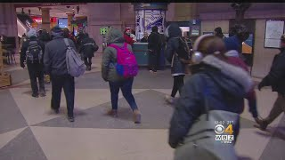 Commuters Struggle Through Cold, Delays Tuesday