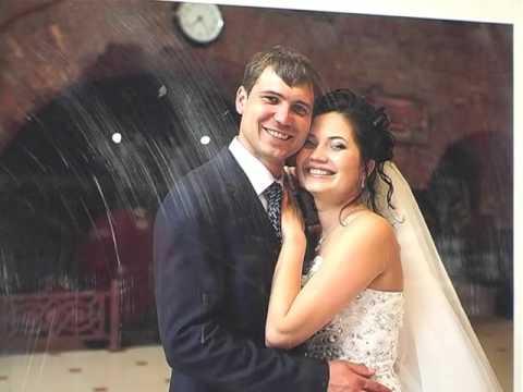На фотографии жених и невеста