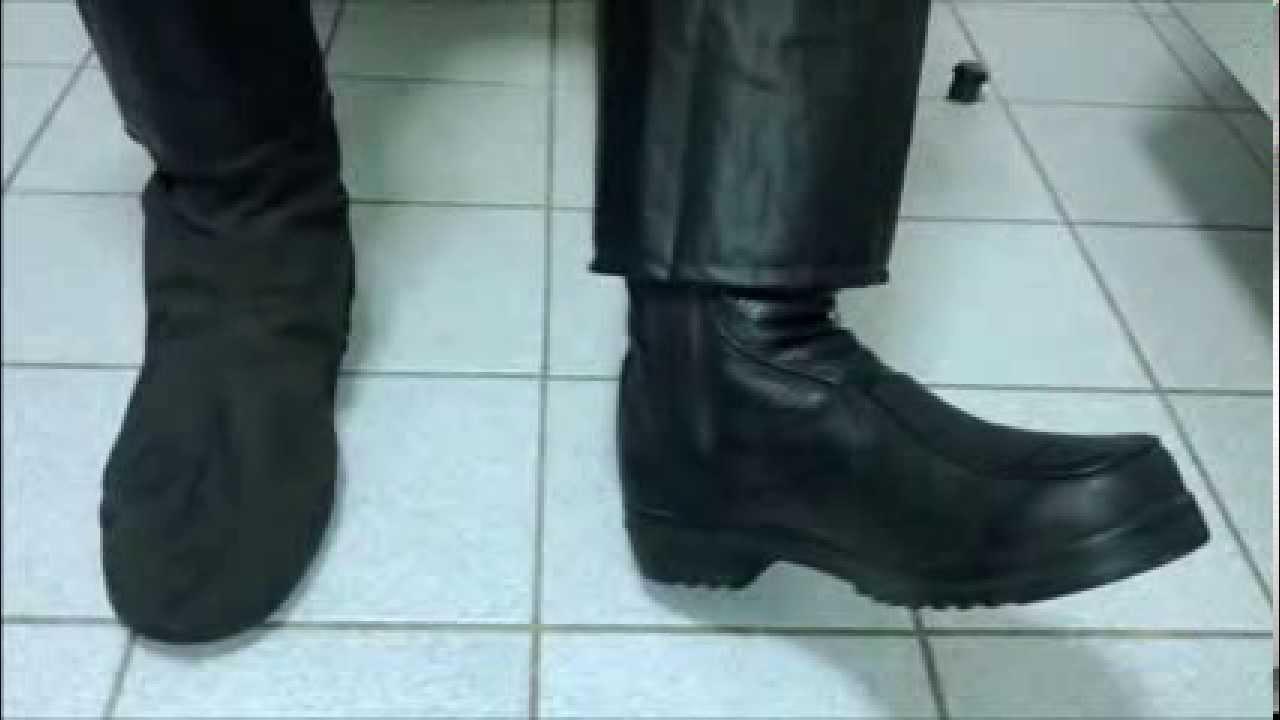 ac6242cabd Moto dica - como evitar molhar os pés mesmo usando capa de chuva + polaina  - YouTube