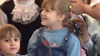 В «Форуме» Микки и Минни Маус встретили «особенных» детей