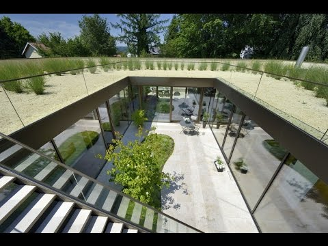Minimalist House Design with Stunning Open Sky Courtyard on The Roof - House V3