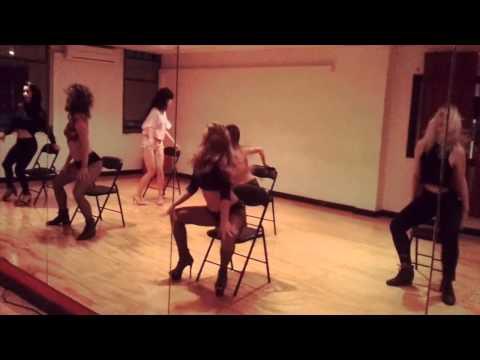 Beginners Burlesque Workshop at Crossover - EXPRESS