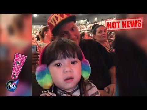 Hot News! Nonton Konser Bruno Mars di Australia, Ini Aksi Gemas Gempita - Cumicam 12 Maret 2018