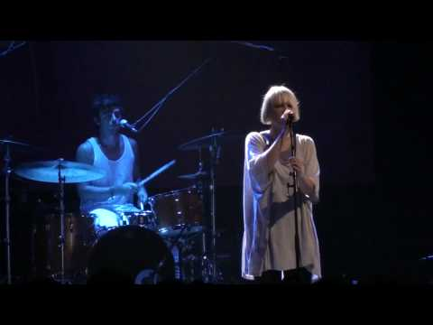 Sia chandelier live in the red bull sound space sia video sia wallpapers aloadofball Choice Image