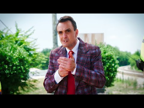 "Bye Bye ""Brockmire"" - Hank Azaria On The Show's Whacky Final Season 