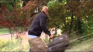 trailer lambea-un canguro superduro