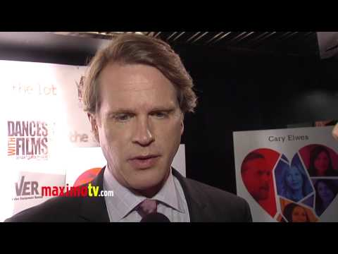 """Cary Elwes Interview at """"She Loves Me Not"""" World Premiere Arrivals"""