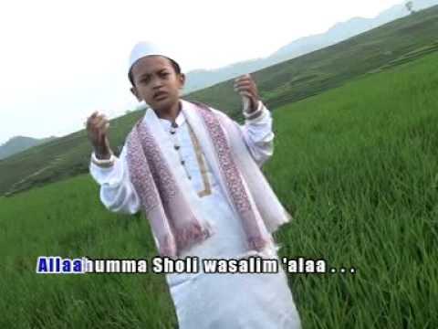 Faizal - Lil Abi Wal Ummi [Official Music Video]