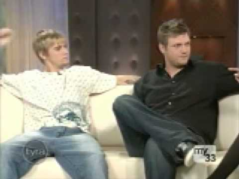 2006-10-23 - The Tyra Banks Show - Part 1 - Nick and Aaron