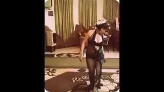 رقص منازل بقميص اسود جنان  Raks Manazel