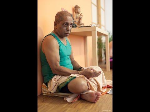 Manju Pattabhi Jois Ashtanga Yoga Primary Series Led class
