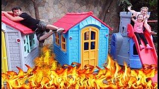 Yerde Lav Var Oynadık! - The FLOOR is LAVA ! Oyuncak Avı Öykü, Family fun kid video