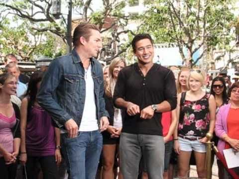 Outtakes! Mark McGrath Of Sugar Ray Interview W/ Mario Lopez Of Extra @ The Grove