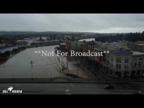 Vincent Piombo - Napa, California-Napa River Nears Flood Stage - *DRONE FOOTAGE* - January 8th, 2017