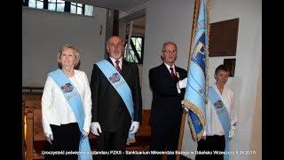poświęcony sztandar gdańskiego pzks w rękach prezesa z toczka sanktuarium m b w gdańsku 9 06 17