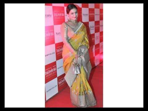 Divya Dutta in Saree - Hot Divya Dutta in Designer Saree Blouse Pics Latest Photos