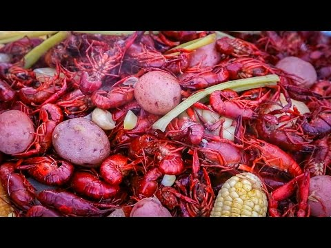 Crawfish Boil: A Backyard Feast In The Louisiana Bayou