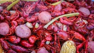 Crawfish Boil: A Backyard Feast in the Louisiana Bayou