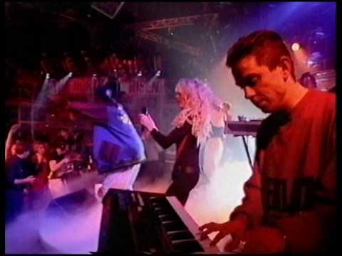 Bassheads - Is There Anybody Out There (TOTP)