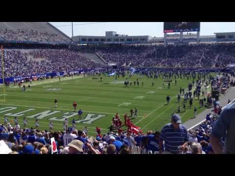UK Football Introduction and Entrance at Commonwealth Stadium