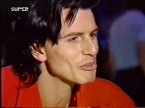Duran Duran -  Warren Cuccurullo a 'vegan nudist'  - 1988 SUPER channel