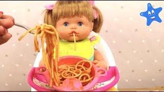 Cocino espagueti y Ani se los come Nenuco Ksi Bebés thumbnail