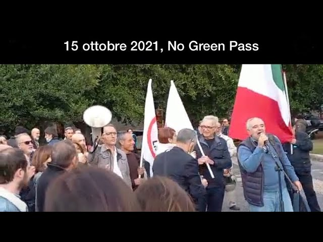 15 ottobre 2021, Catania, l'intervento di Andrea Giuffrida, referente territoriale Movimento 3V