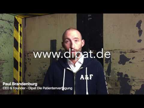 Startup elevator pitches in an elevator - Dipat