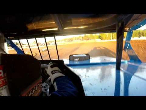 May 6th 2017   Springfield Raceway b mod heat   Tony Evans