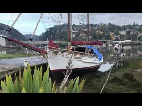 Sailing Ketch Premier