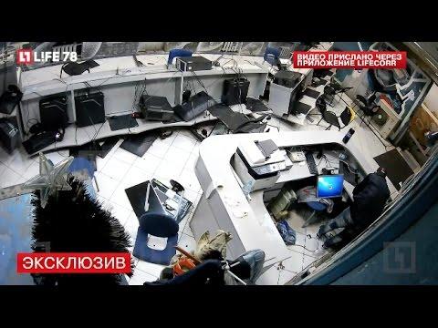 Разъярённый геймер разгромил компьютерный клуб в Петербурге