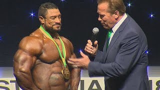 Roelly Winklaar talks about the bubble gut with Arnold Schwarzenegger