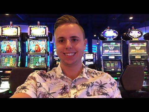 Getting my Vegas on! In Michigan...