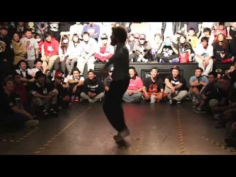 WALID POPPING JUDGE SOLO@ MAX PARTY XIV TAIWAN