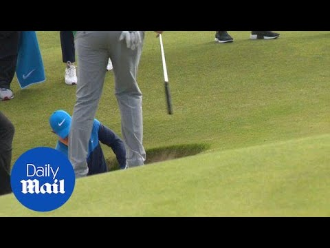 Rory McIlroy takes six shots to get out of 'coffin bunker' - Daily Mail