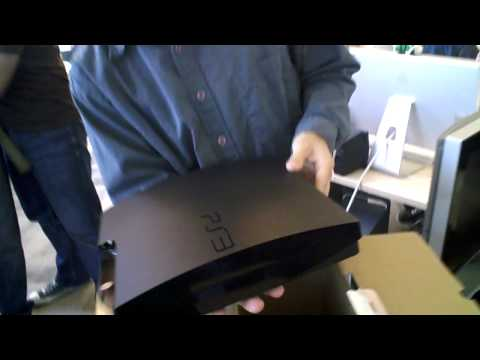 GamesRadar and PTOM unbox the PS3 Slim!