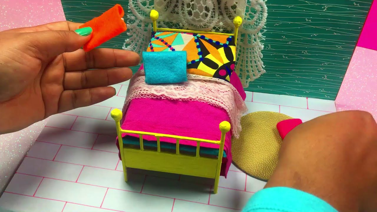 DIY DOLLHOUSE BED ROOM  #1/How to make a miniature ROOM for DOLL HOUSE