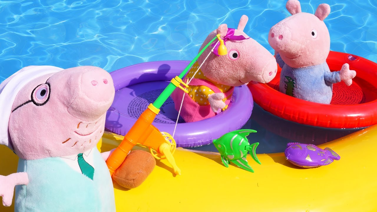 La familia Pig descansa en la piscina. Juguetes Peluches. Vídeos de Peppa Pig