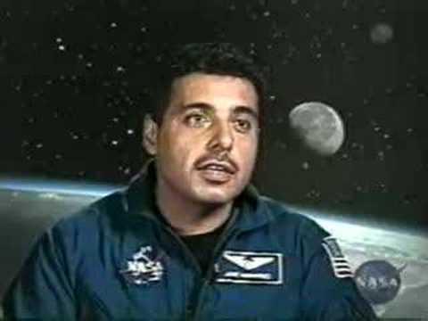 father jose hernandez astronaut - photo #38