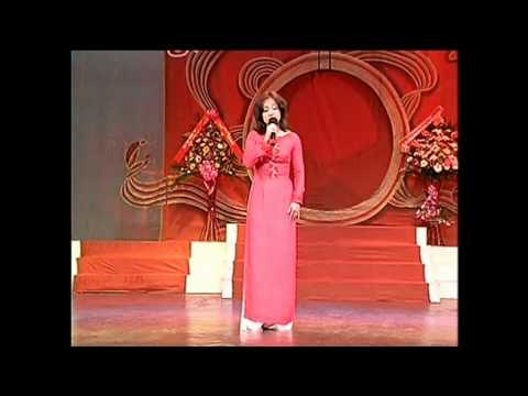 Phuong Hong Thuy - La Trau Xanh.avi