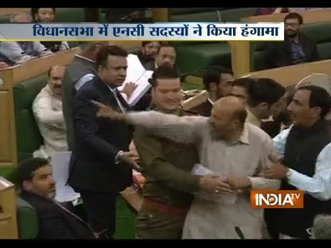 Politicians' Reaction After Chaos in Jammu and Kashmir Assembly over Beef Ban and Flood - India TV