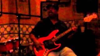 Guitarra  Azul      ( live)        2010