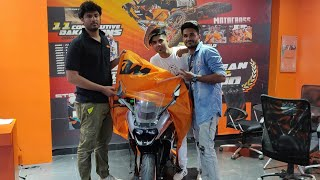 Taking delivery of 2018 KTM RC390