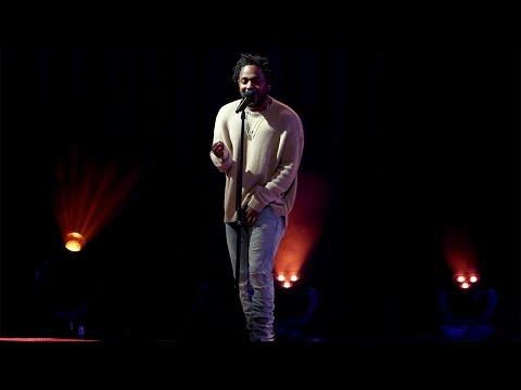Kendrick Lamar Performs 'These Walls'