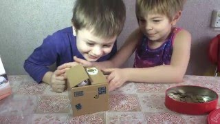 VLOG. Children. Cat piggy bank. Mysterious box. Кошка - копилка. Загадочная коробка. канал Children