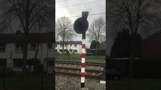 Spoorwegovergang Hoensbroek // Dutch Railroad Crossing