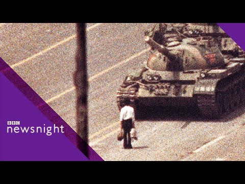 ARCHIVE: Tanks roll into Tiananmen Square (4 June 1989)  – BBC Newsnight