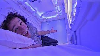 ¿Cómo es dormir adentro de una CÁPSULA DEL FUTURO? thumbnail
