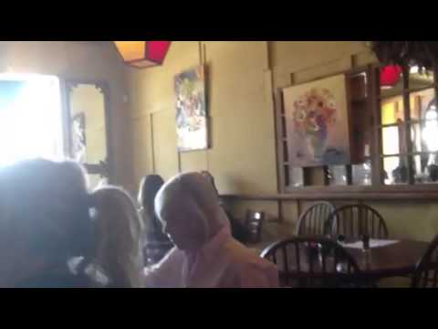 Lunch at 'Ma Mama's', New Roads LA